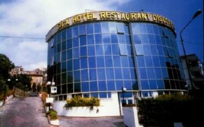hotel_2.big